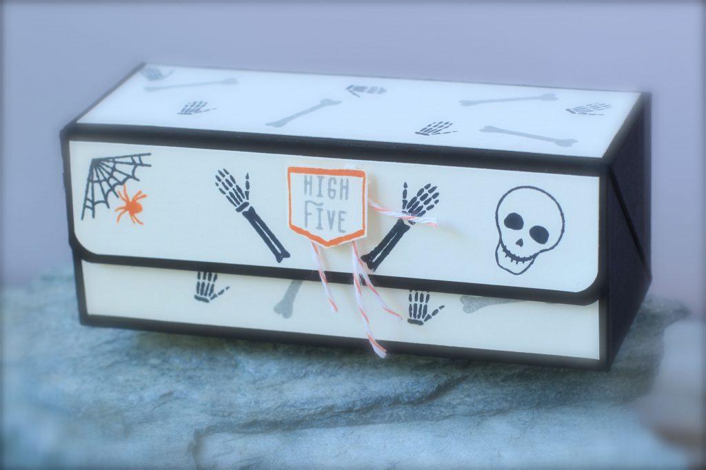 halloween_verpackung_mr-funny-bones_klappbox-3