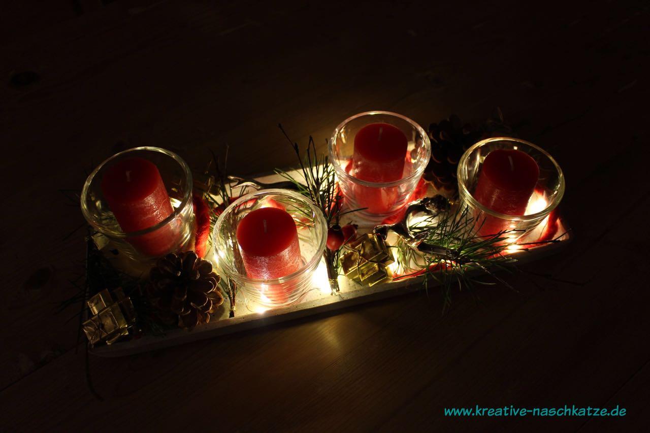 adventstablett advent adventskranz kerzen lindt 8. Black Bedroom Furniture Sets. Home Design Ideas