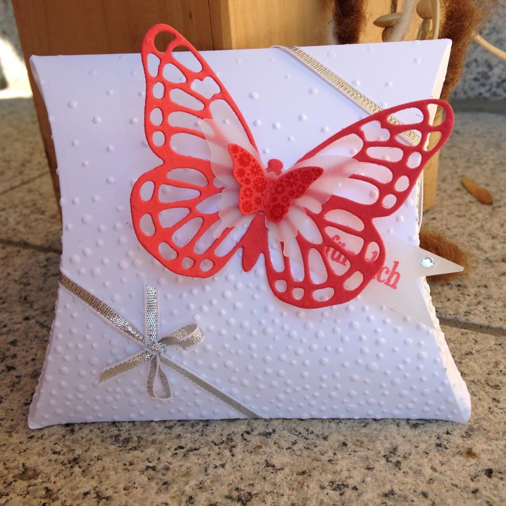 Pillow-Box mit Schmetterling_1